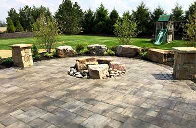 stone patio | Carmel Landscaping Company | Country Gardens